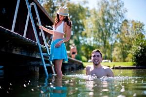 Hauseigener Badestrand im Familienhotel Fasching direkt am Längsee
