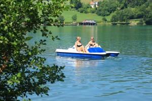 Tretboot fahren am Längsee
